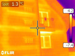 Expertiza termografice la casa cu probleme